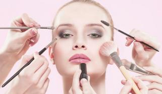 Makeup According To Age