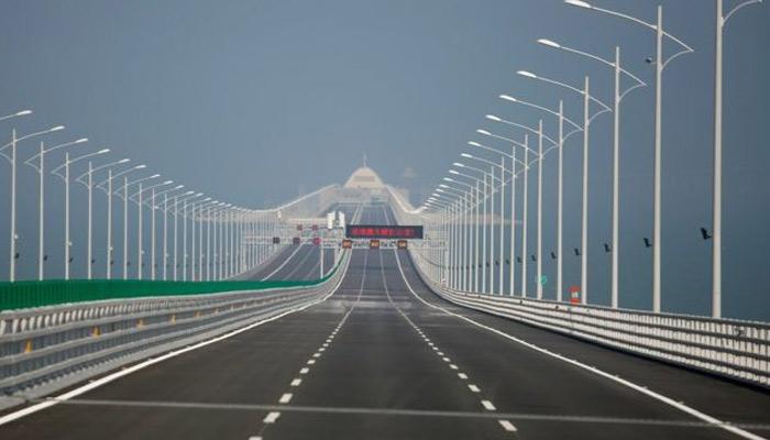 دنیا کا طویل ترین سمندری پل