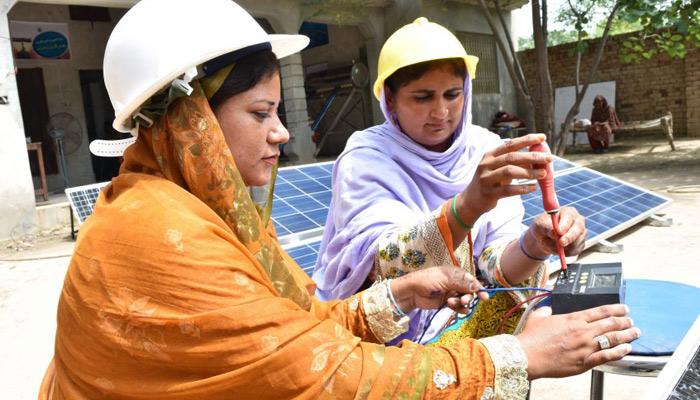 توانائی کے شعبے میں خواتین کا کردار