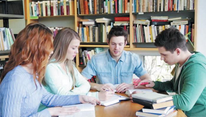 طلباء کو مستقبل کی جابز کیلئے کس طرح تیار کیا جائے؟
