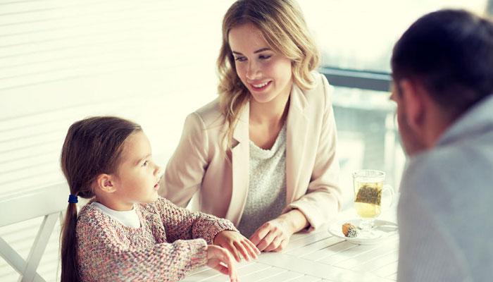 بااختیار بیٹی کی تربیت میں والدین کا کردار