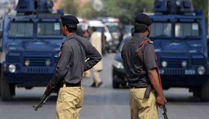 شہری قانون کے محافظوں کے زیر عتاب