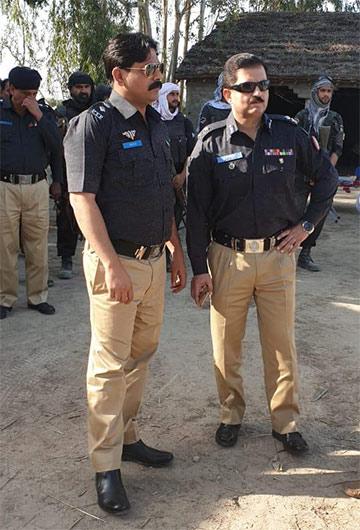 پولیس مقابلہ