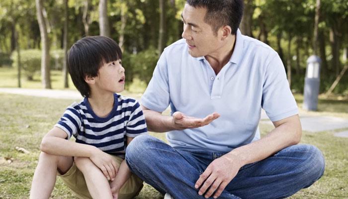 معززوالدین ! بچوں کی پرورش میں ہر پہلو کو مدنظر رکھیں