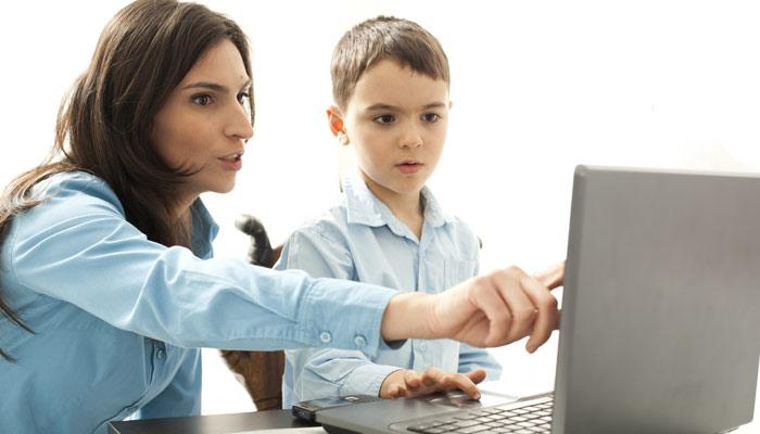 ڈیجیٹل میڈیا کے دور میں بچوں کی تربیت