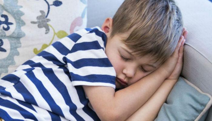 بچوں میں نیند بہتر بنانے کے مشورے