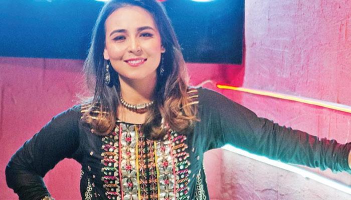 پاکستان کی کم عمر اور کامیاب خواتین 'سنگرز'