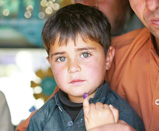 پاکستان سے پولیو کا خاتمہ: حکومت اور عوام کیلئے ایک بڑا چیلنج