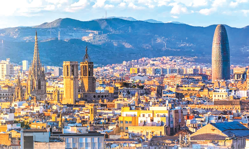 بارسلونا.... تاریخی تعمیرات کا شہر!