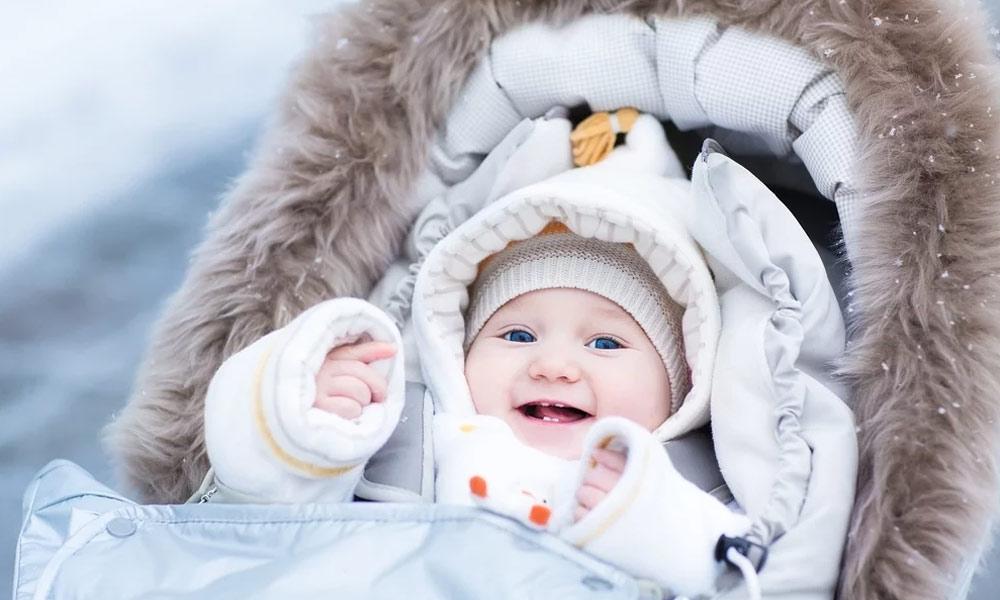 نوزائیدہ بچوں کی سرد موسم میں حفاظت کریں