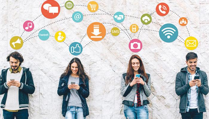 طلبا میں سوشل میڈیا کے زائد استعمال کے منفی نتائج