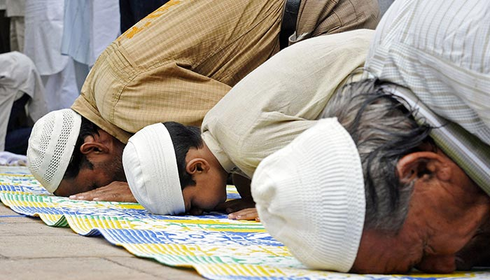 نماز میں دوسجدوں کے درمیان دعا پڑھنا