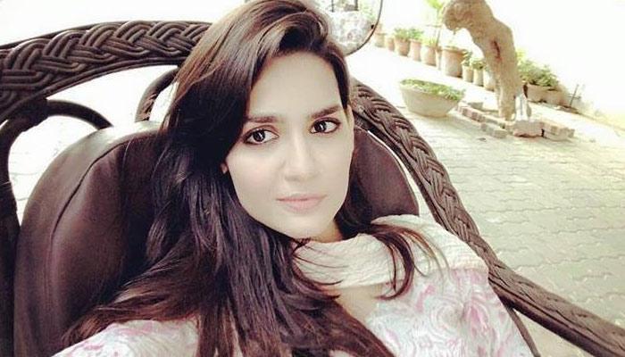 پاکستان شوبز انڈسٹری کا اُبھرتا نام ''مدیحہ امام''