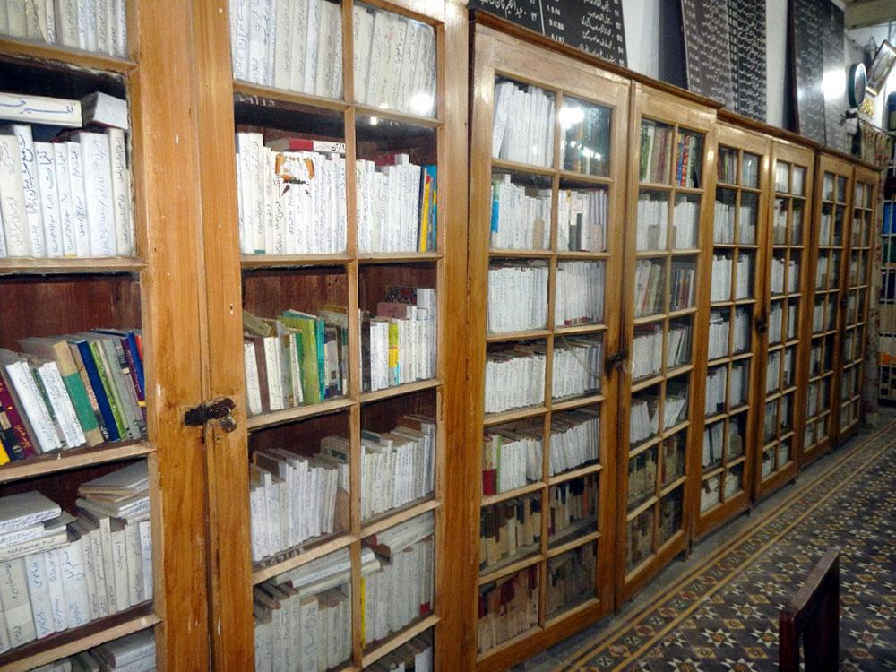 'جنرل لائبریری' 181سالہ قدیم دارالمطالعہ، آج بھی تشنگان علم کی پیاس بجھارہا ہے