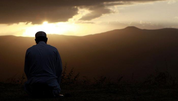 ''میں نماز کونہیں مانتا''کہنا