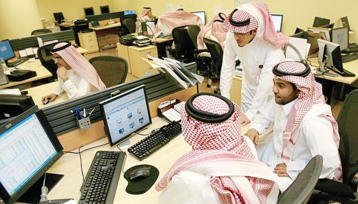 سعودی کمپنیاں ملازمین کے معاہدے ختم کرسکتی ہیں، رپورٹ