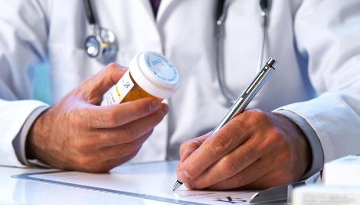 ڈاکٹروں کا سیمپل کی دوائیں فروخت کرنا