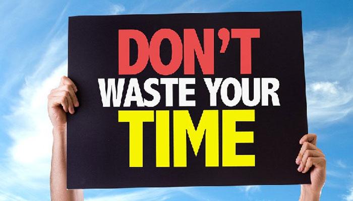 وقت نہ گنوائیں