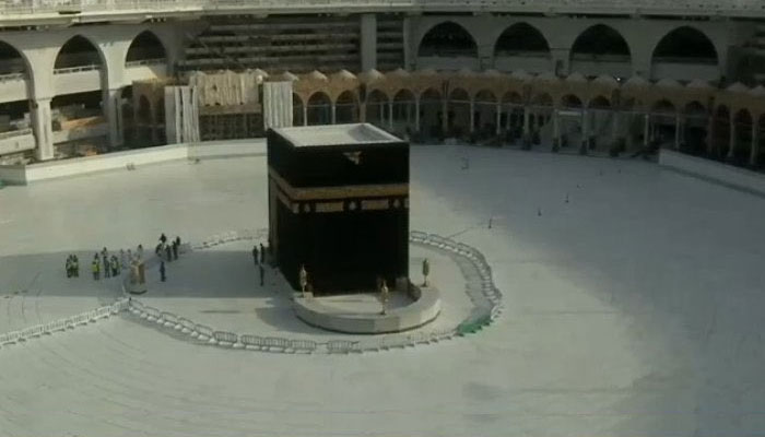 کیا بیت اللہ کا طواف پہلی بار روکا گیا....