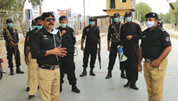 پولیس ان آیکشن