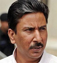پاکستان کرکٹ میں کرپشن: وزیراعظم کو اعلیٰ سطحی تحقیقات کرانا پڑے گی