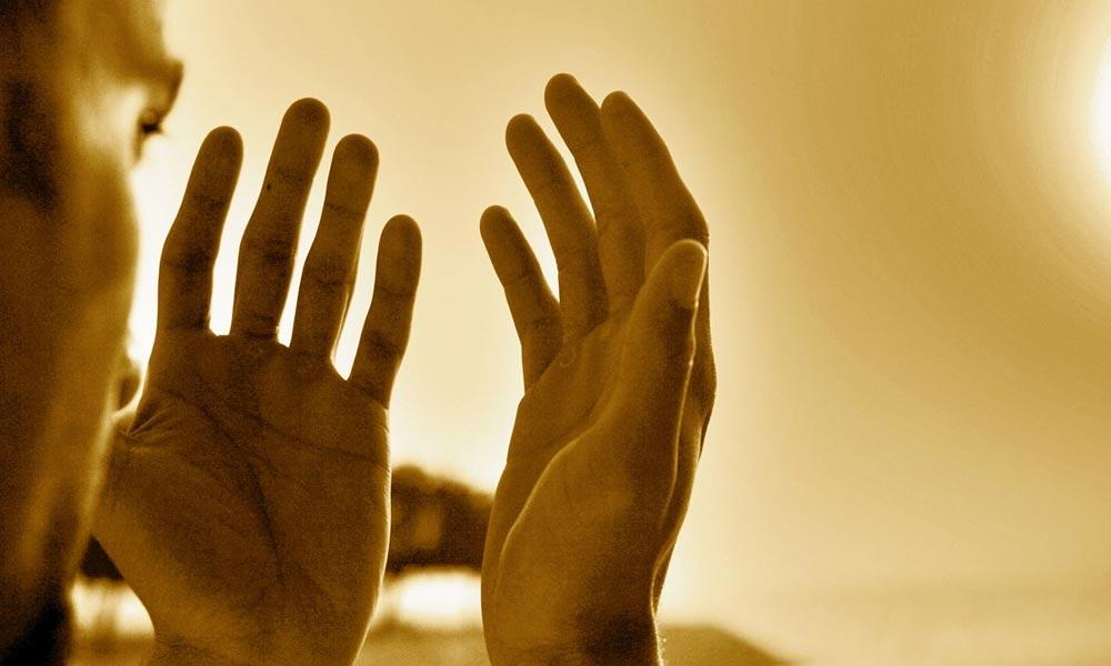 تراویح کے بعد اجتماعی دعا…!