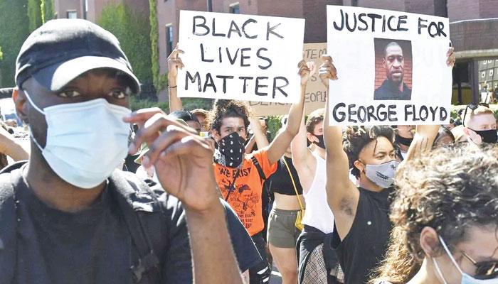 نسلی اور دیگر تعصبات دنیا کو تباہ کررہے ہیں