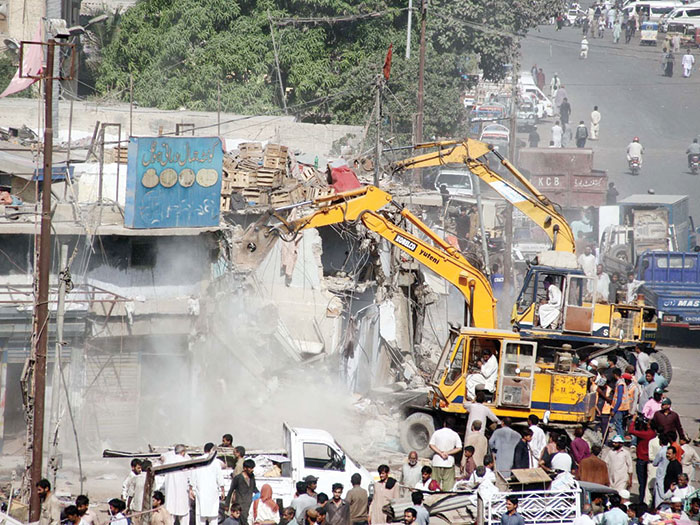 کراچی کی تباہی سے کسی نے سبق سیکھا؟؟
