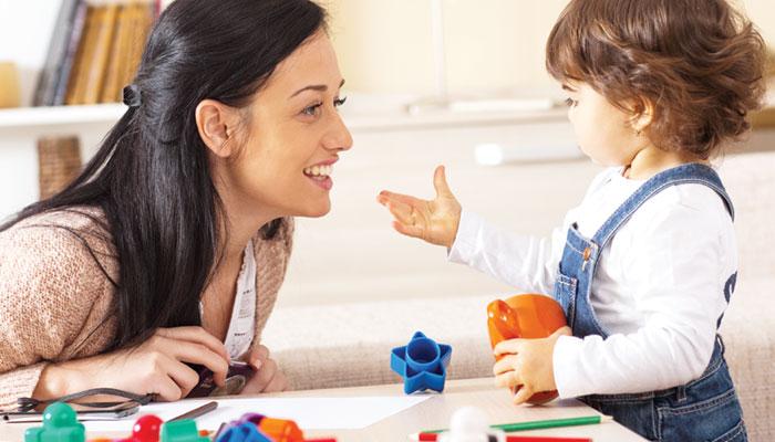 والدین کیسے بچوں کی علم سے دوستی کروائیں