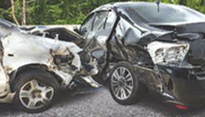 تیز رفتار گاڑیوں نے کئی زندگیوں کا خاتمہ کردیا
