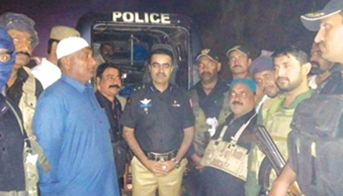کراچی کی رہائشی ماں اور بچی کیساتھ اجتماعی زیادتی !!
