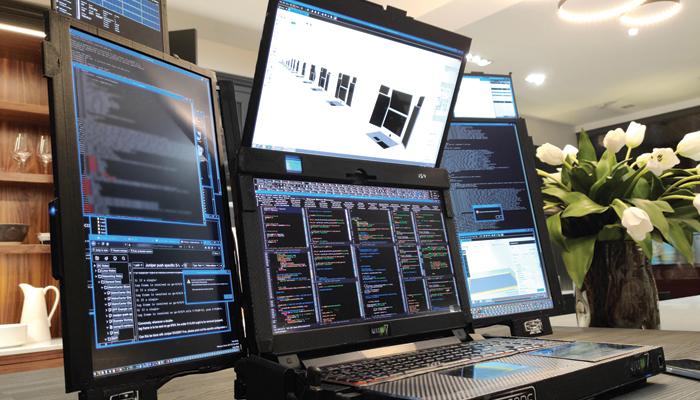 سات اسکرین والا دنیا کا پہلا لیپ ٹاپ
