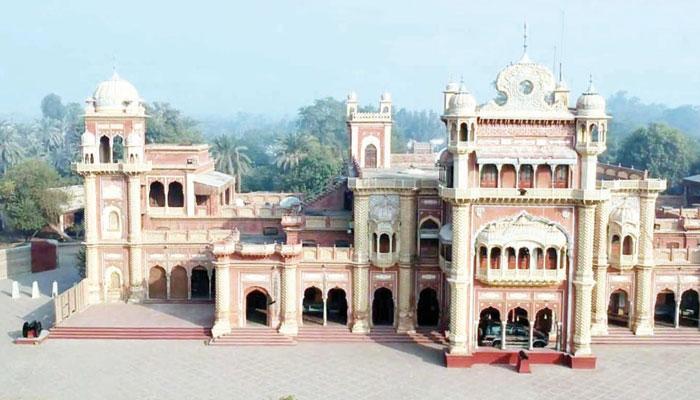 تالپور حکمرانوں کا تعمیراتی شاہکار ''فیض محل''