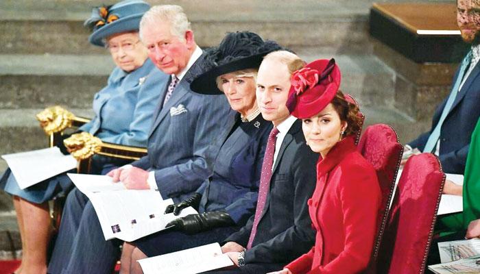 برطانوی شاہی خاندان کی سخت روایات