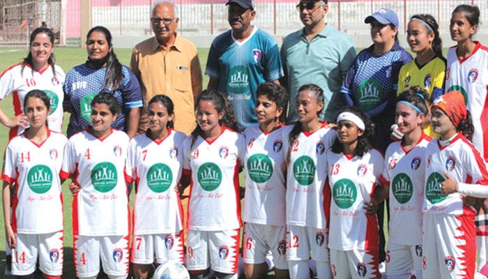خواتین فٹبال میں پہلی بار غیر ملکی کھلاڑیوں کی شرکت