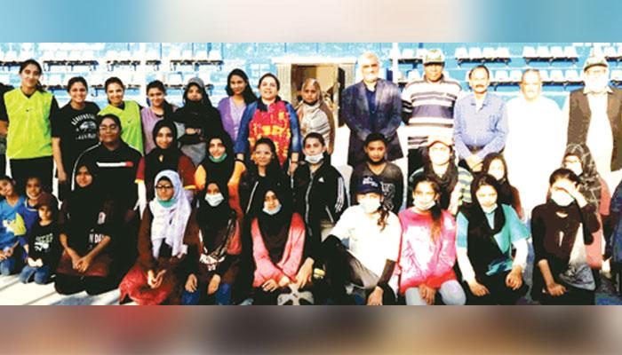 سرسید یونیورسٹی نے بوائز اور کراچی یونیورسٹی نے گرلز رسہ کشی ٹائٹل جیت لیا