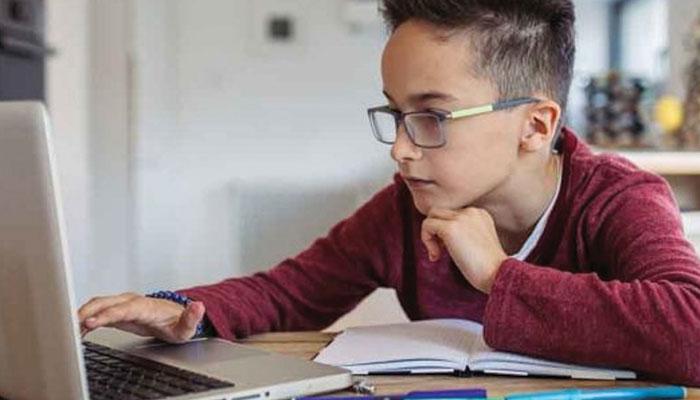 آن لائن تعلیم سے بچے بوریت کا شکار ہوں تو کیا کریں؟