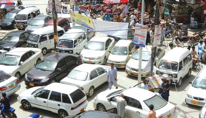 قانون شکن ڈرائیور قانون کی گرفت سے آزاد کیوں !!
