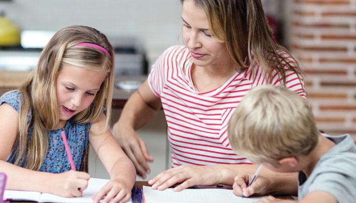 اپنے بچے میںخواندگی کی صلاحیت پروان چڑھائیں