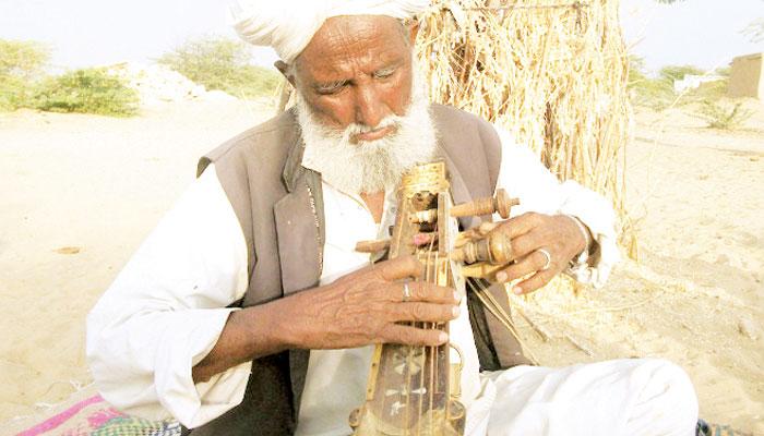 صحرائے تھر کا صدیوں کا ورثہ ''لوک ادب''