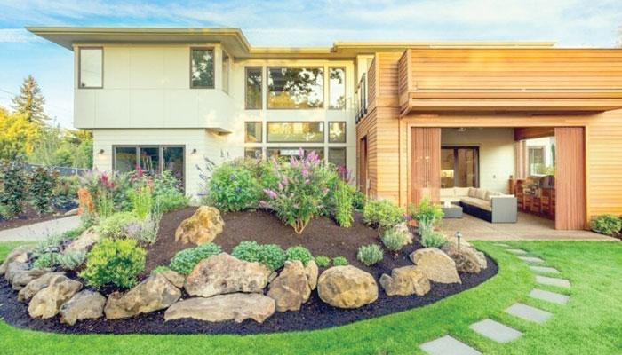 گھر کے صحن یا برآمدے کو استعمال میں لائیے