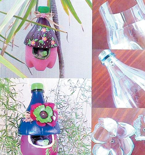 پلاسٹک کی خالی بوتلیں
