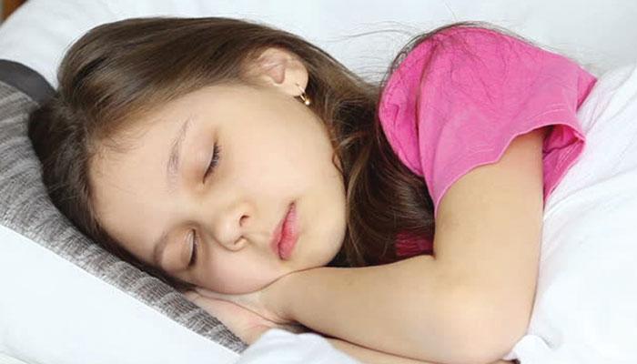بچوں کی نیند بہتر بنانے کے طریقے