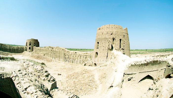 تین ہزار سال قدیم قلعہ 'فاضل خان کوٹ'