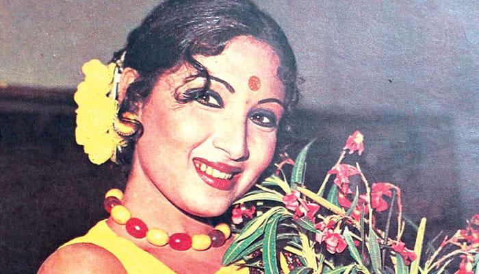 ادبی ذوق کی حامل فلم اور ٹی وی کی سینئر اداکارہ ''دیبا''