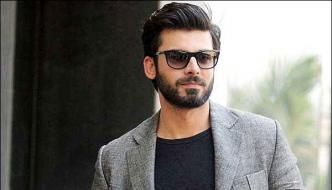 Fawad Khan Leave India And Reached Pakistan