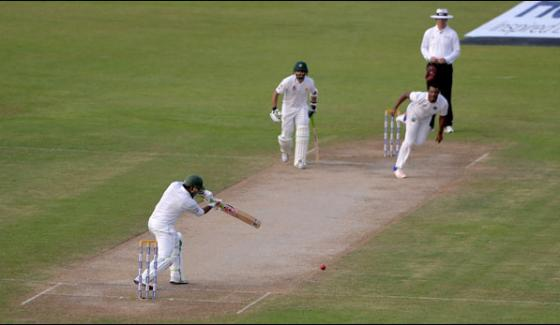 Sharjah Test Pakistan Bating On Fourth Day