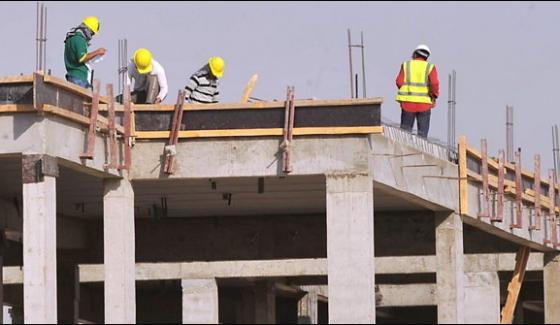 Saudi Arabia Foreign Workers Less To Increase Local Quota