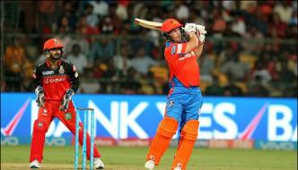 Gujrat Beats Bangalore By 7 Wickets In The Ipl Match