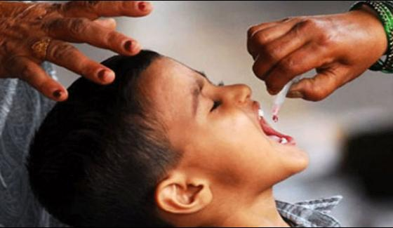 Second Day Of Anti Polio Campaign In Peshawar 9 Lakh Children Vaccinated